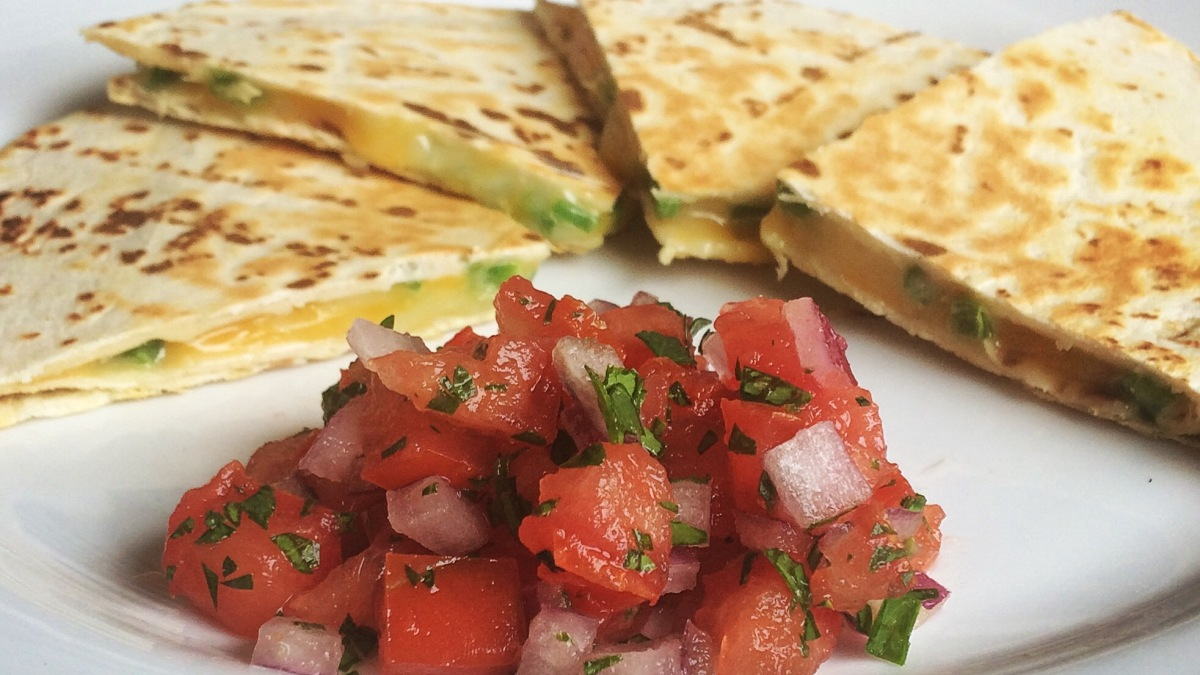 Quick Quesadillas & Pico DeGallo