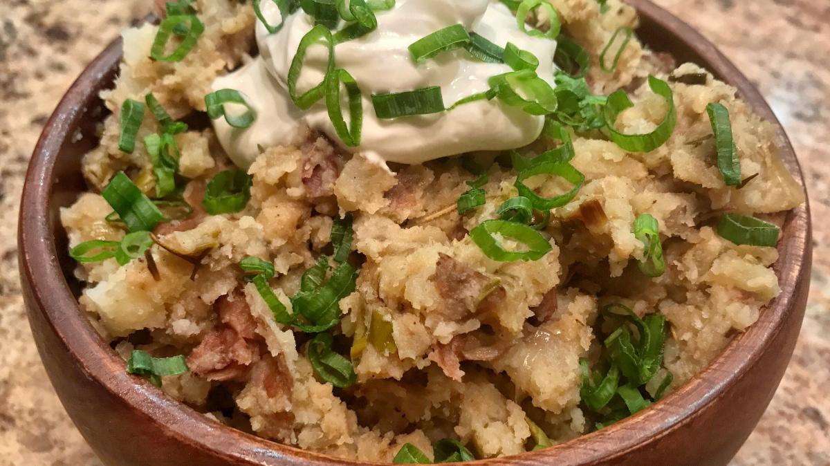 On The Side: Slow Cooker Garlic SmashedPotatoes