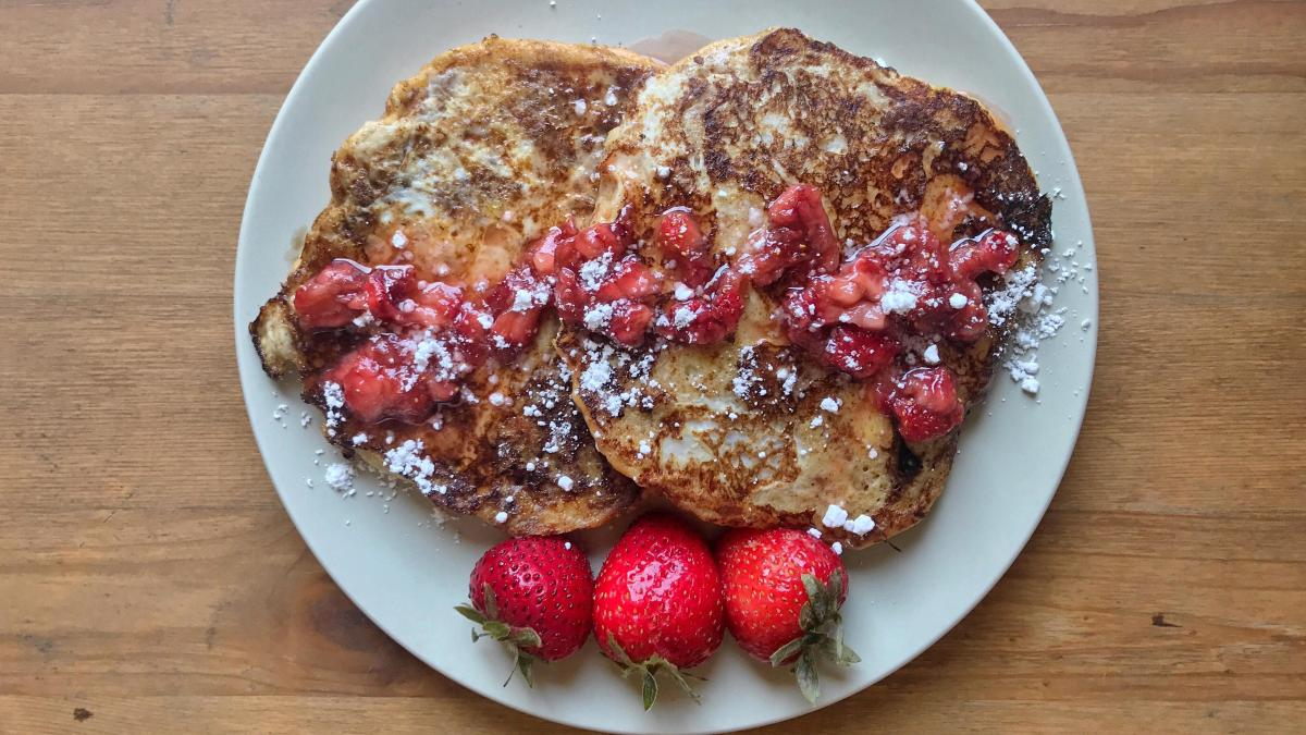Burger Bun French Toast with StrawberrySyrup